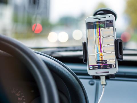 Je oude smartphone als GPS